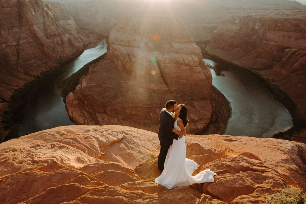 horseshoe bend elopement photo