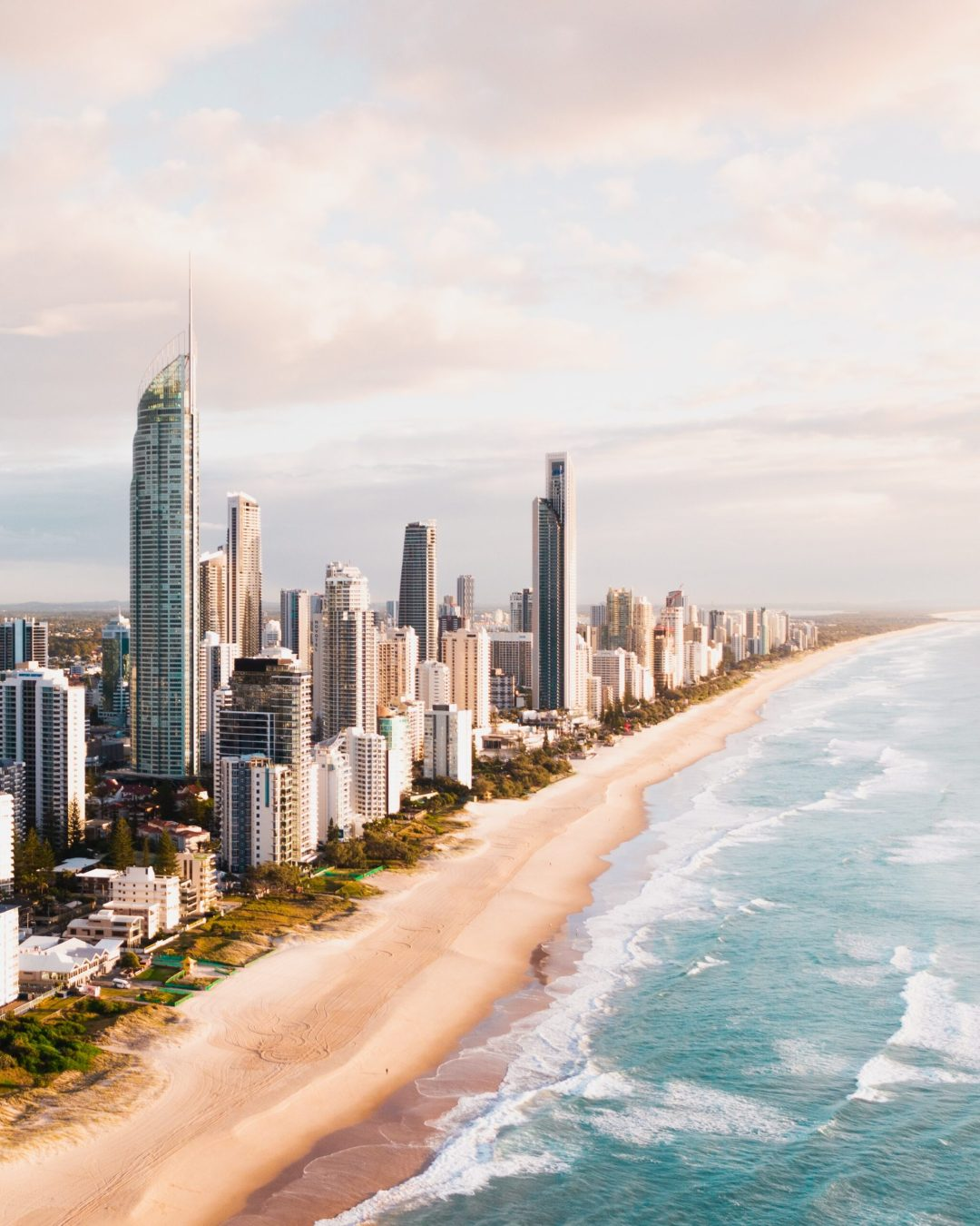 Beach and buildings in Gold Coast