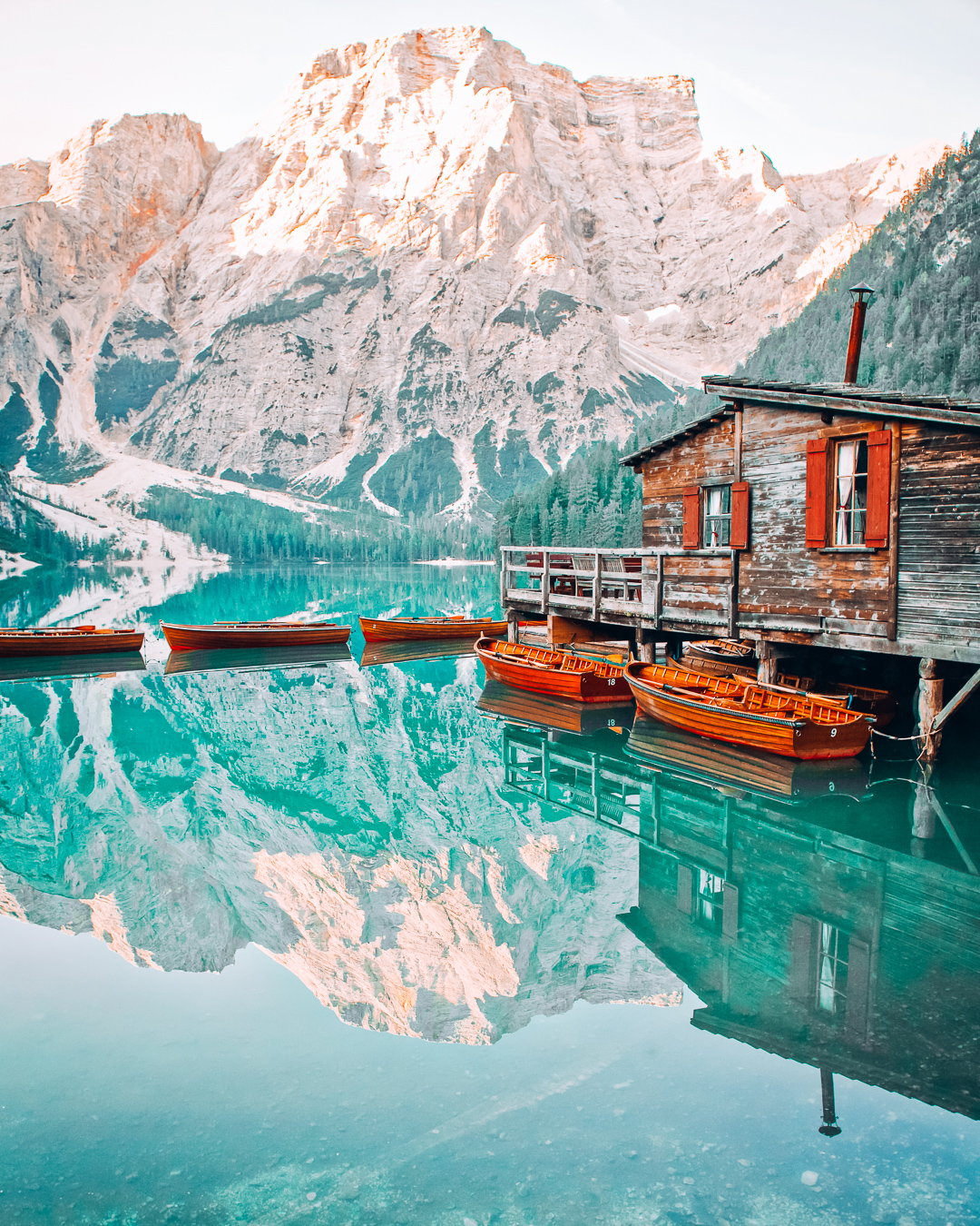 Boats and water in Lago di Braies