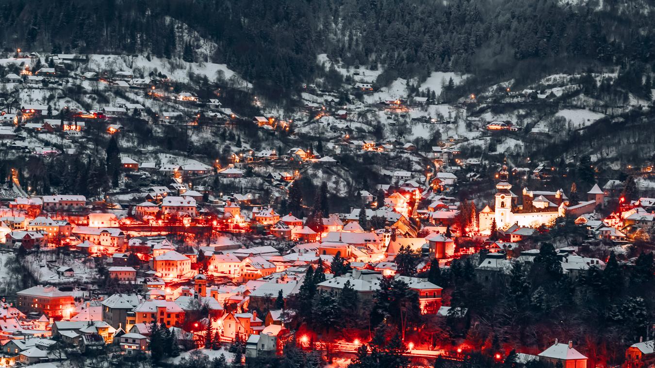 Banská Štiavnica at night