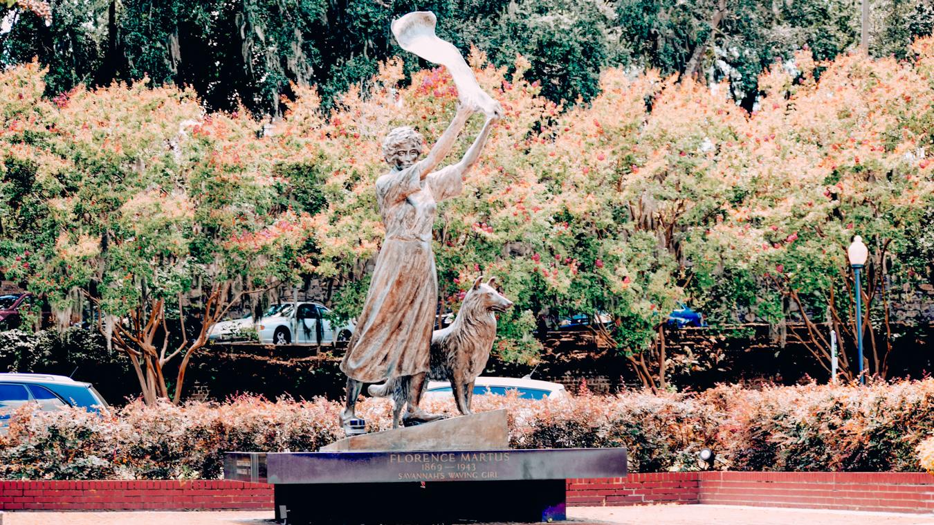 Waving Girl Statue in Savannah