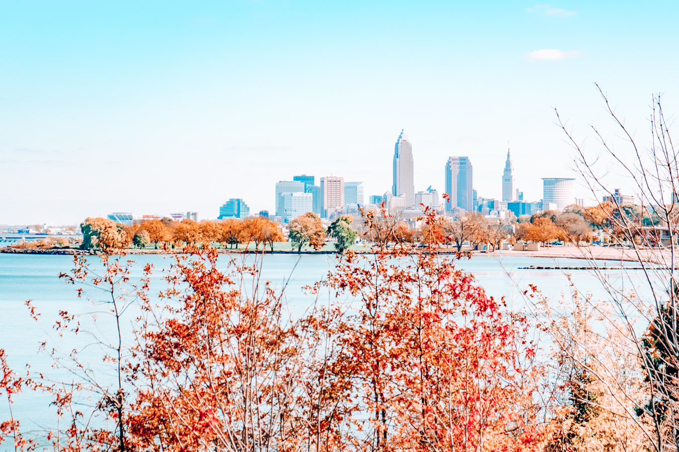 Nature and buildings in Cleveland