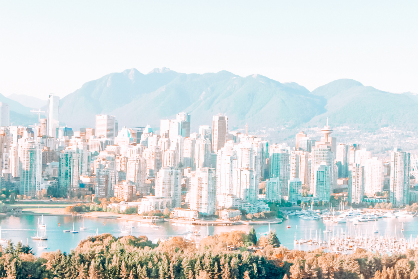 Buildings and mountains in Vancouver