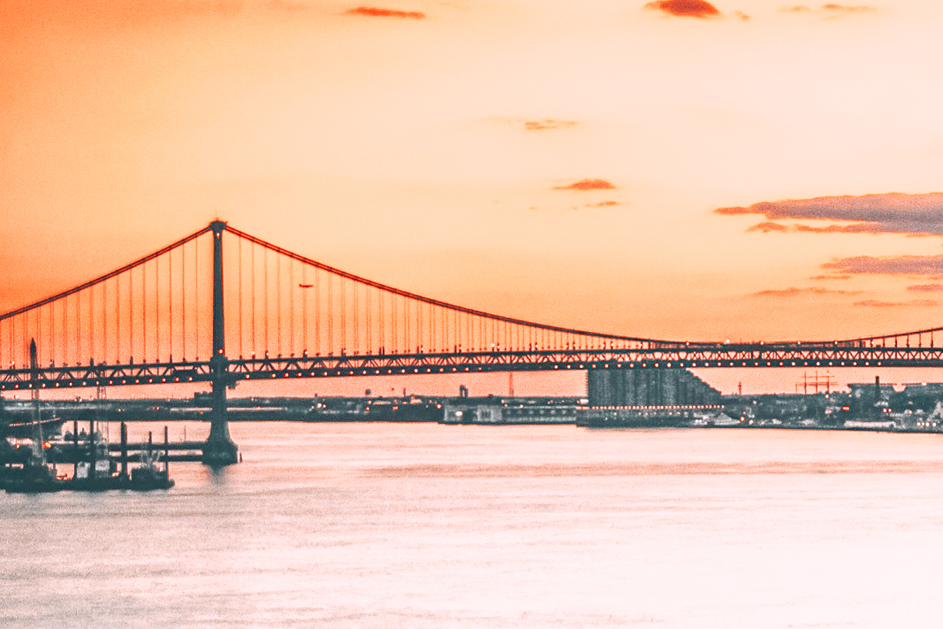 View of the Benjamin Franklin Bridge