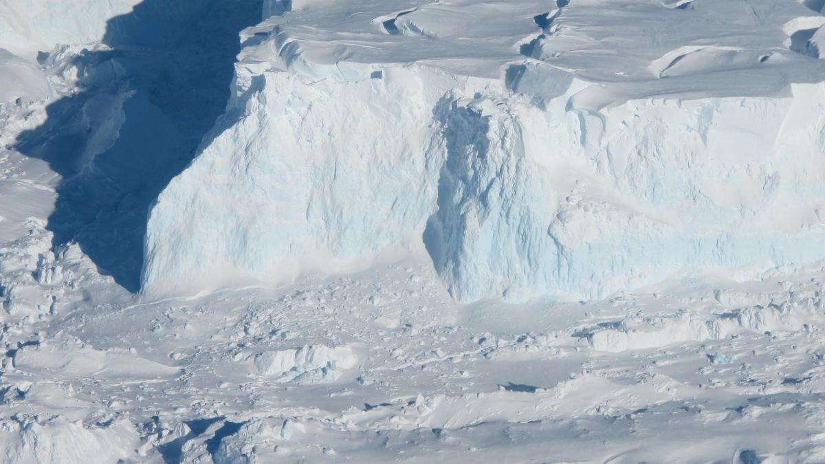 Two Antarctic glaciers are breaking up and it could have major consequences  for sea level rise - CNN