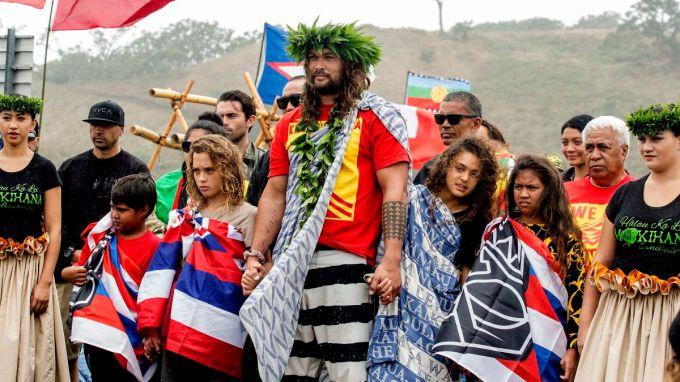 Jason Momoa Joins Hawaii Telescope Protests Cnn Video