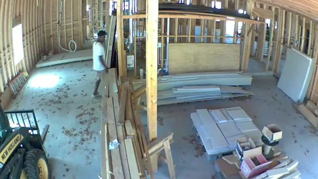 Video shows Ahmaud Arbery at construction site before shooting ...
