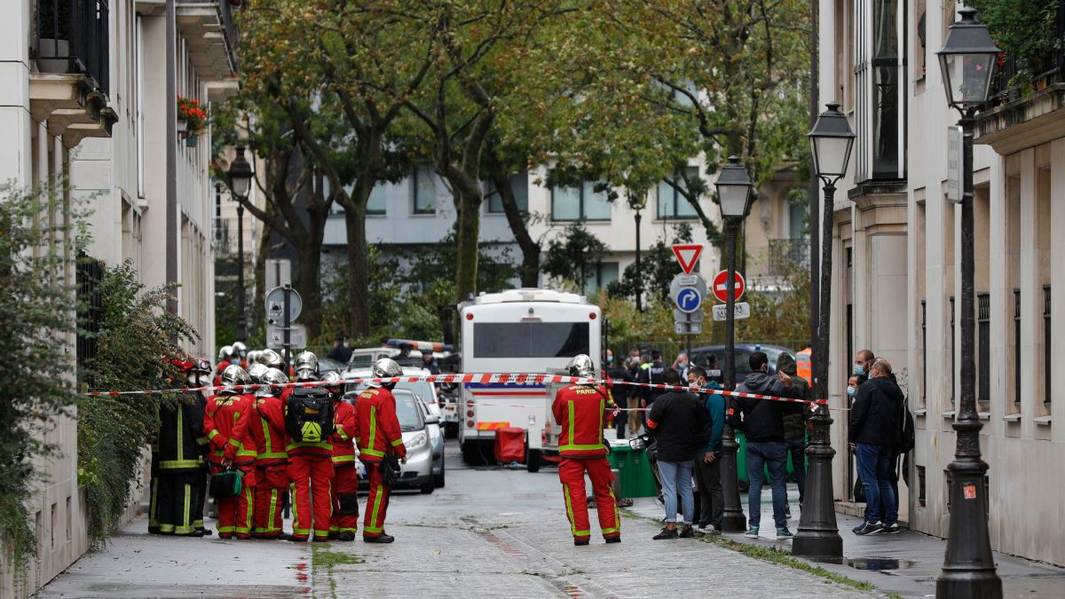 Paris knife attack suspect is of Pakistani origin, French authorities say -  CNN