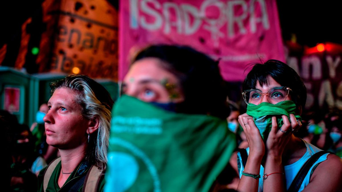 Argentina's Senate to vote on historic bill to legalize abortion - CNN