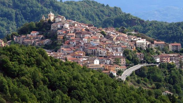 Latronico está localizado no extremo sul da Itália.