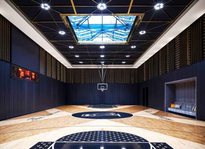 Drake's mansion features an NBA regulation-size basketball court.