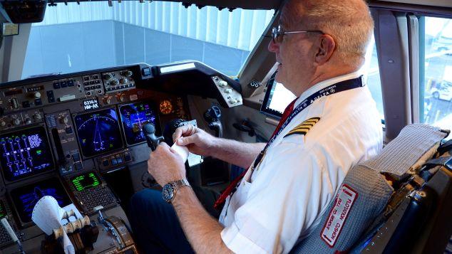 paul gallaher delta pilot