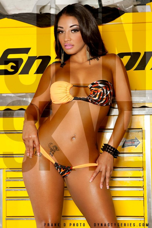 More Pics of Jennifer Skye: Snap On - courtesy of Frank D Photo and Minx Dynasty