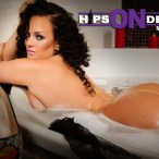 Amber Priddy @amberpriddy in Hips On Deck Issue 9 - GoodKnews Photography