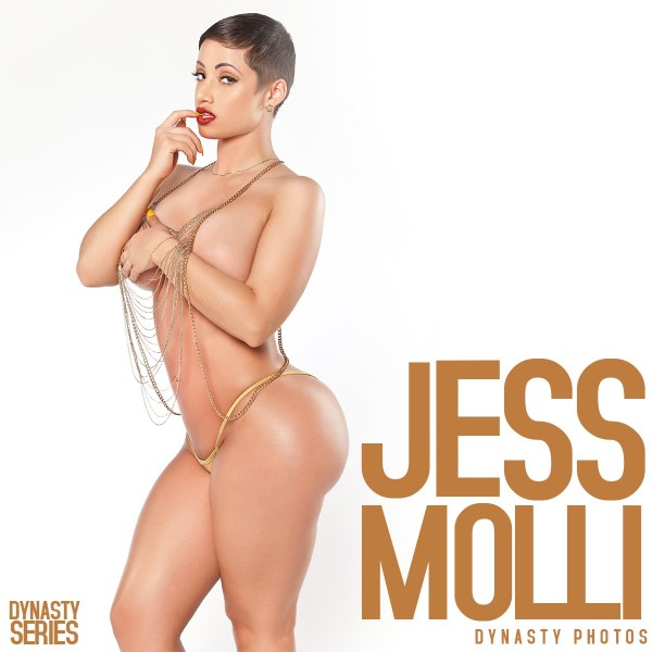 Jess Molli @JessMolli - Chain Link - Dynasty Photos