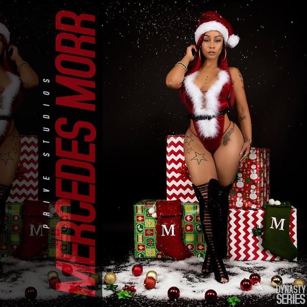 Mercedes Morr @missmercedesmorr: Mercedes Christmas - Prive Studios