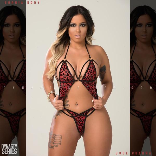 Sophia Body @sophiabody: Red Leopard - Jose Guerra