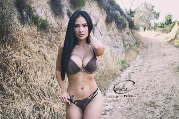 Ela Pasion @misselapasion - Introducing - CurvesENT