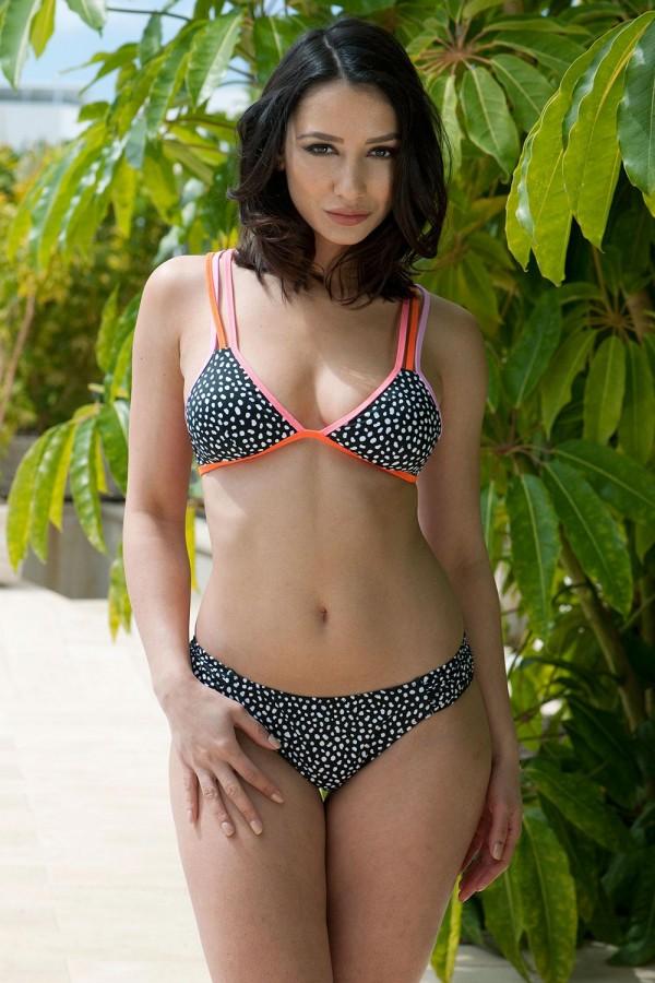 Nicola Paul @nicolapaull: August Beauty - Page3