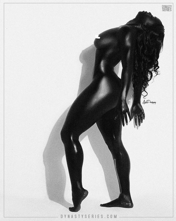 Kaylia @thisiskaylia: Black Out - Alcole Photography