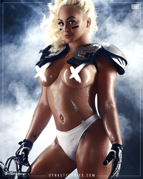 Superstar Jess: 2016 NFL Series x New England Patriots – Jose Guerra