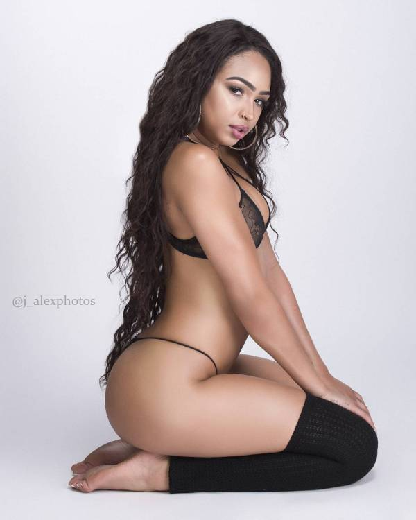 Breanna Mae @bre.mae: LA Nights - J. Alex Photos