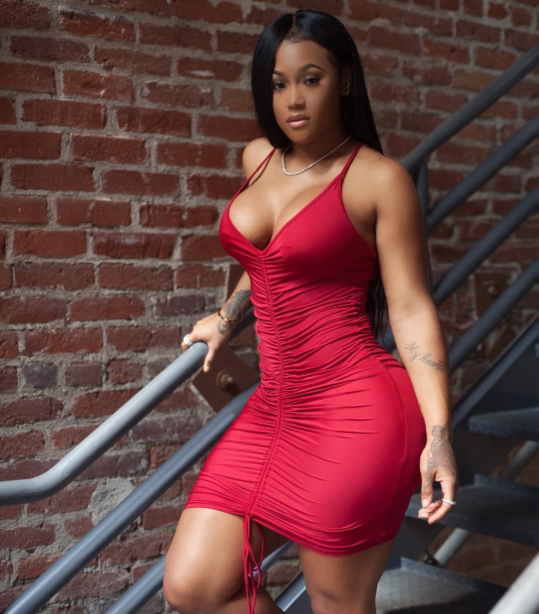 Lira Galore | Sexy Pics On -DynastySeries.com