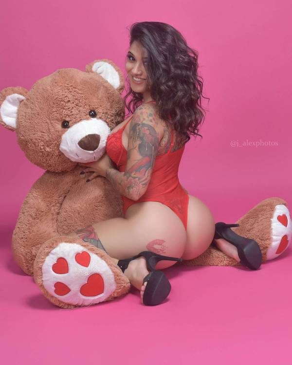 Sayyora @sayyoraink: Teddy Gram - J. Alex Photos