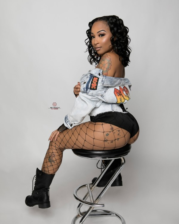 Starr China @starr_china x Strick Images