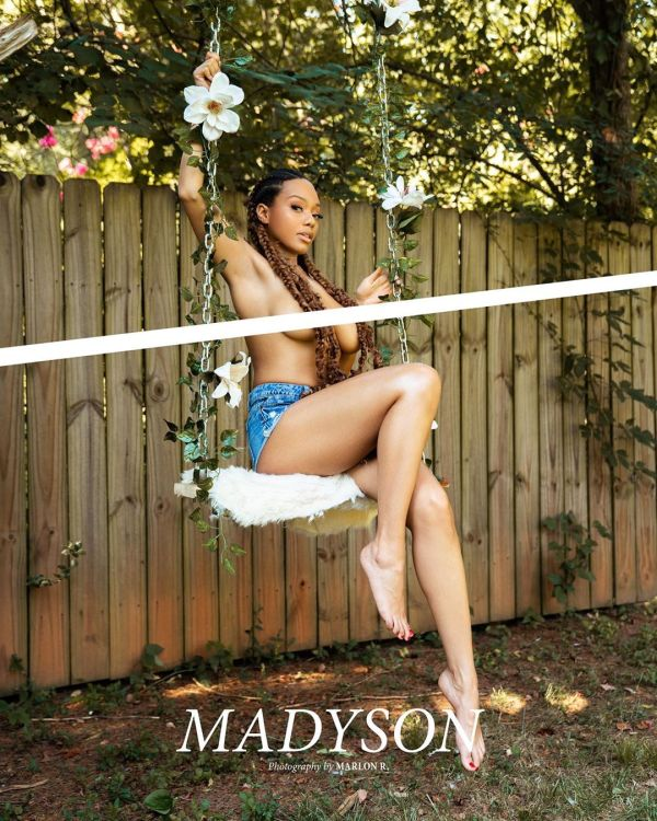 Madyson @themadyson: In the Swing - Marlon R Photography