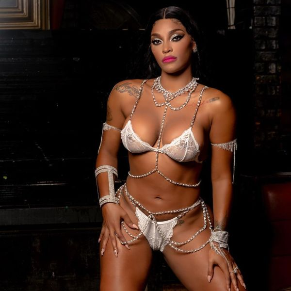 Joseline @joseline: Front Row at the Cabaret - Photography By Ed