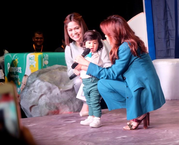 dyosathemomma: Baby Company Grand Baby Fair Year 8 SM Megatrade Hall, Toni Gonzaga for Pampers