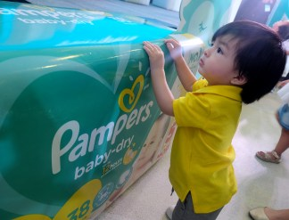dyosathemomma: Pampers Go Galaw Mornings with Toni Gonzaga and Baby Seve, Jace Lizardo