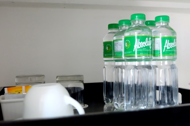 dyosathemomma: Absolute Pure Distilled Drinking Water is the best choice of water for the familydyosathemomma: Absolute Pure Distilled Drinking Water is the best choice of water for the family