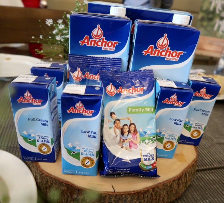 dyosathemomma: Anchor Family Milk, Anchor Low Fat Milk, Anchor Full Cream Milk