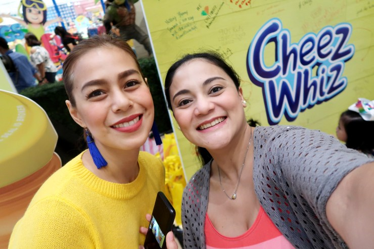 dyosathemomma: Cheez Whiz #Cheeseventions creative snacks for kids, Bettina Carlos