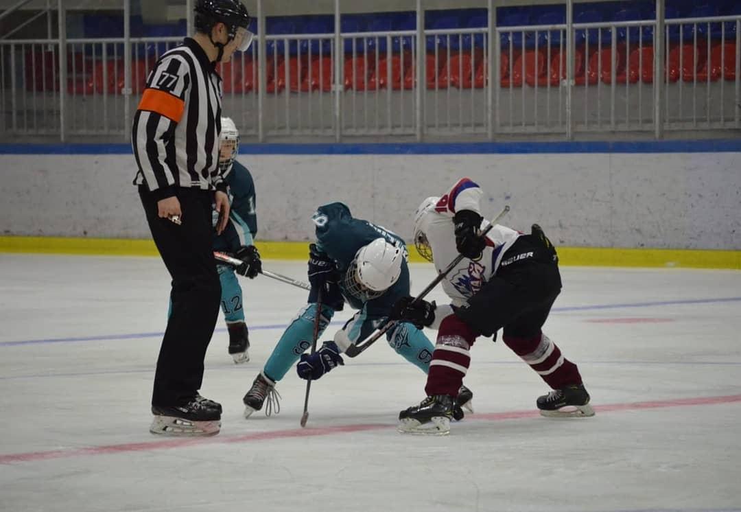 Хоккей. Выездные соревнования