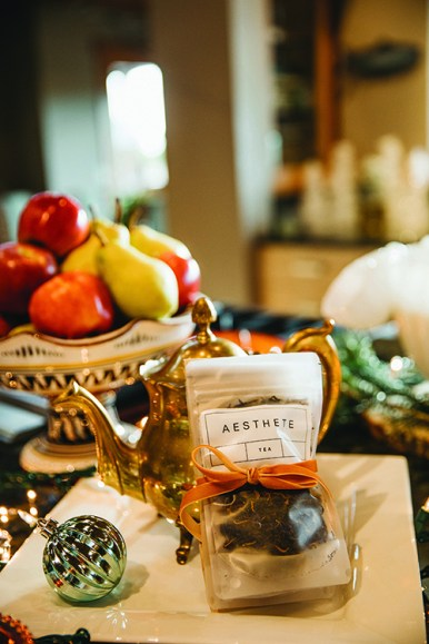 Aesthete tea bags shown here in Earl Grey and Vanilla Rooibos— are sure to heat up your stockings (aesthetetea.com).