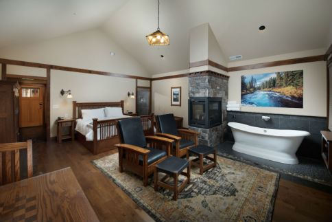 If you win, you'll be staying at the luxurious Serenity Cabin