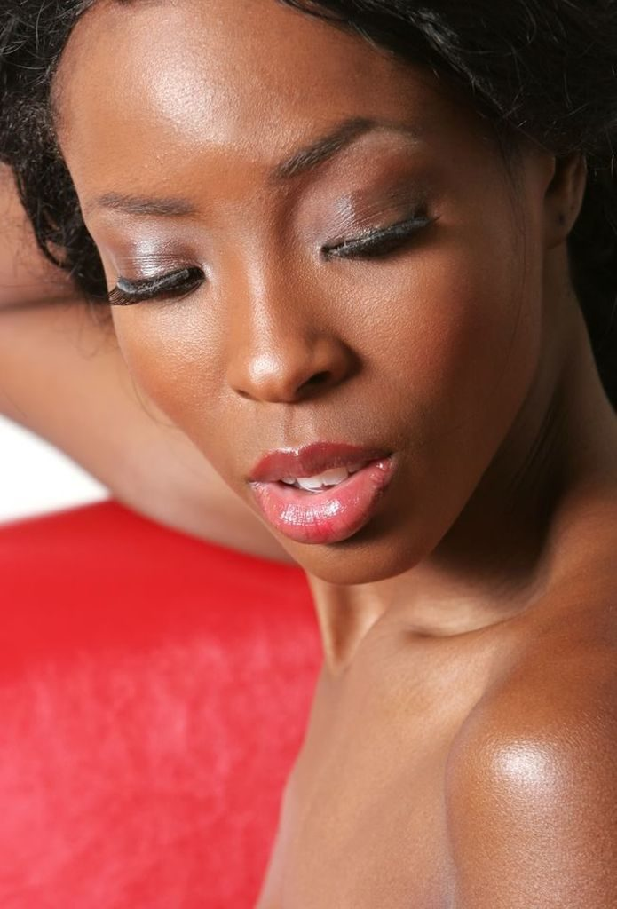 DZALEU.COM : African Lifestyle & Beauty - Tuto Make-up