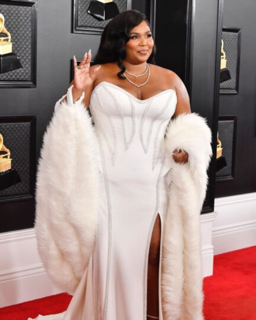 Grammy Awards Looks : Lizzo, Pop solo performance of the year
