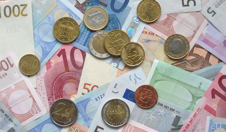 euros billets pieces monnaie argent