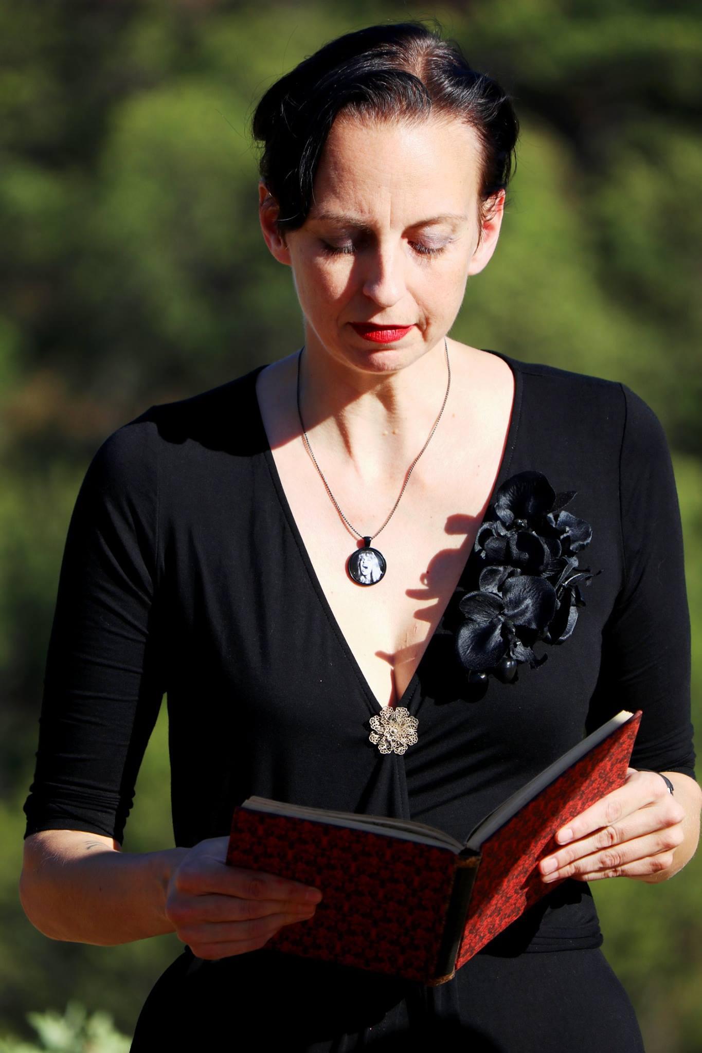 Sarah Houghton