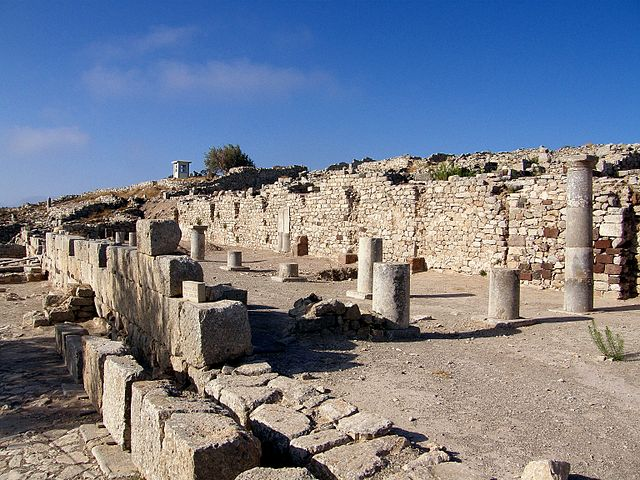Ancient Thira in Mesa Vouno