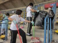同學及周日班學生前往打掃場地1