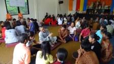 在Kemiri佛教村,同學們分組展開田野調查,瞭解當地佛教徒的生活與信仰情況。