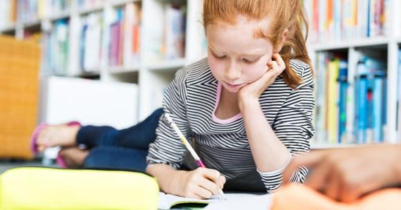 """Czym jest """"kultura błędu"""" i dlaczego nie warto wytykać błędów uczniom? Fragment książki """"Nowa szkoła"""""""