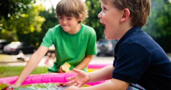 Co się dzieje, kiedy zmuszamy dziecko do dzielenia się