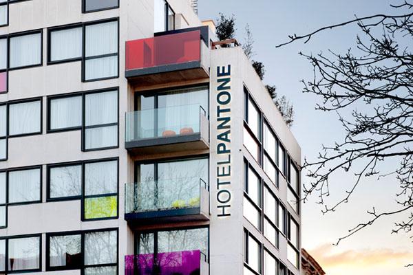 pantone-hotel-01