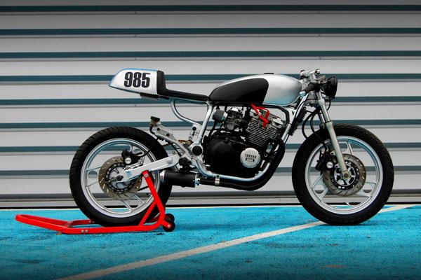 Industrial_Design_Yamaha_XJ_600_Bike_02